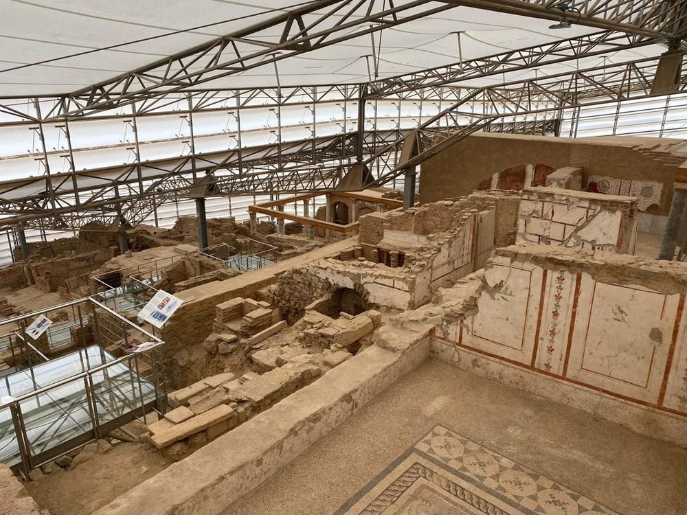 Efes Antik Kenti, pandemi döneminde de güvenli turizmin adresi oldu - 31