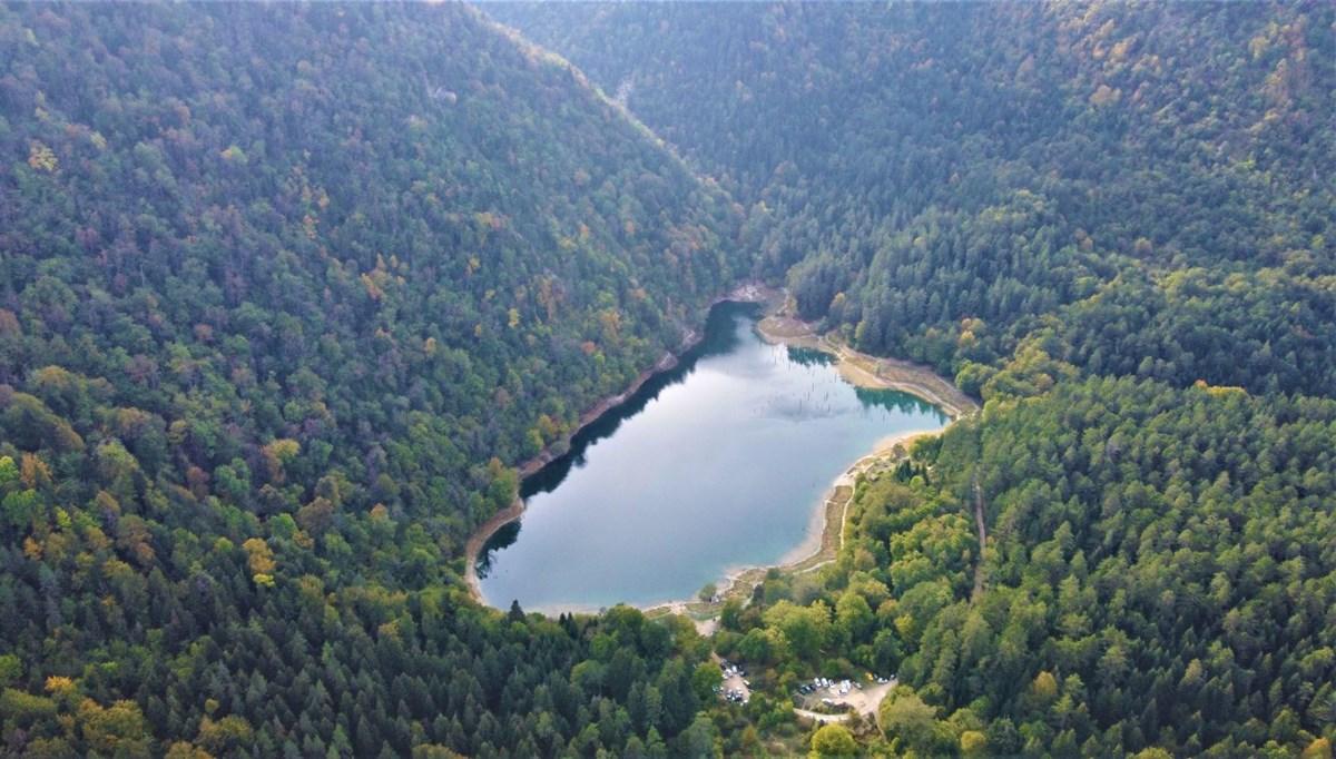 Bolu'nun saklı cenneti Sülüklü Göl havadan görüntülendi