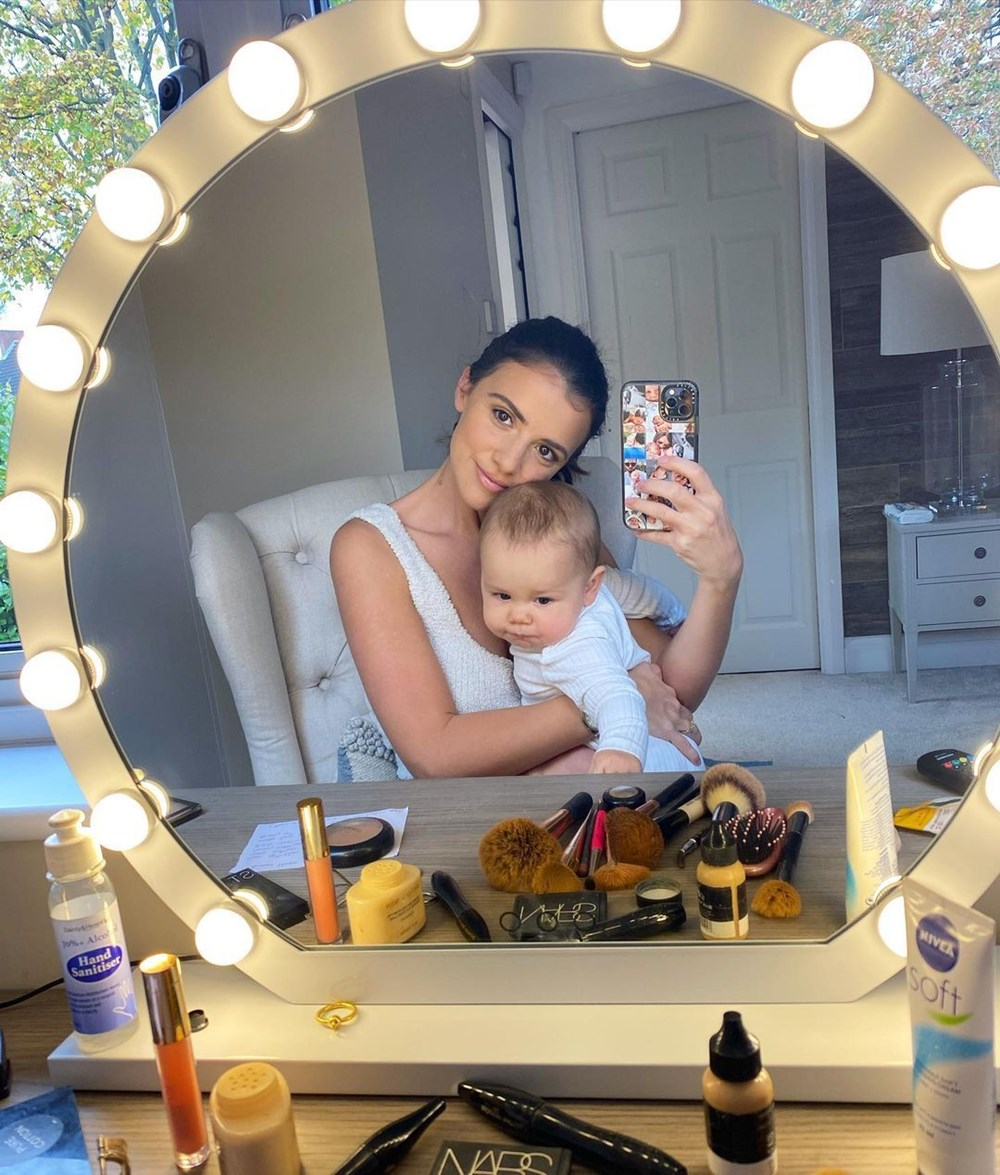 Lucy Mecklenburgh: Bebeğim bir parça elmayla boğuluyordu - 8