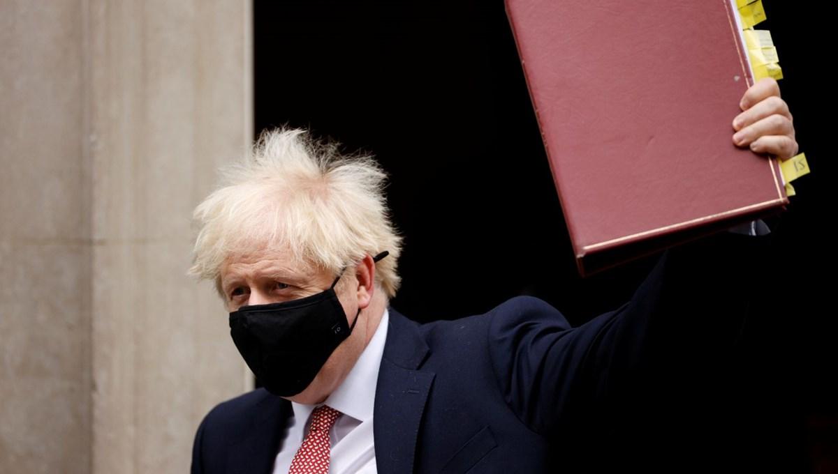İngiltere Başbakanı Johnson corona virüs tedbirleri kapsamında yeni kısıtlamaları açıkladı
