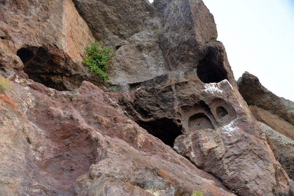 Hristiyanların gizli ibadet yaptıkları 1500 yıllık mağaralar ilgi çekiyor - 7