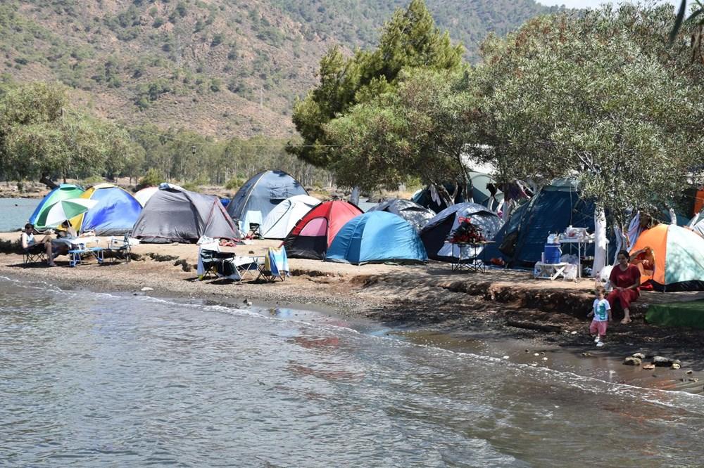 Sahiller çadır kente döndü: Günlüğü 45 liraya tatil - 15