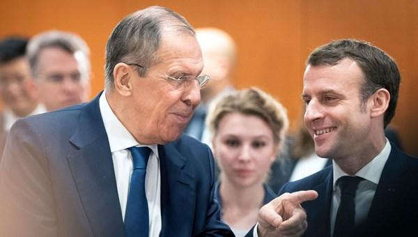 Rusya Dışişleri Bakanı Sergey Lavrov, 'Libya'daki taraflar arasında kararlı, ciddi bir diyalog henüz sağlanamıyor.Farklı yaklaşımlar çok fazla' dedi.