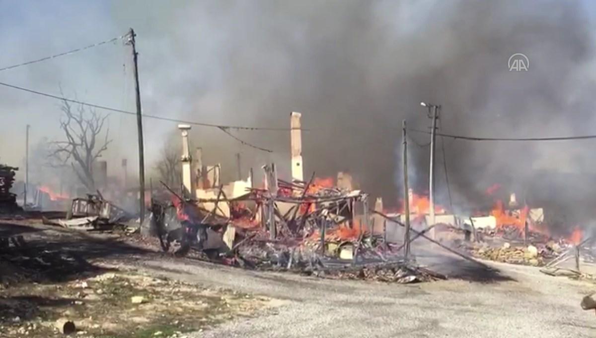 SON DAKİKA HABERİ: Bolu'nun Kuzfındık köyünde çıkan yangın evlere sıçradı
