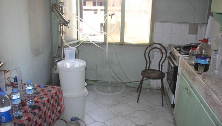Adana'da süt sağma makinesiyle sahte içki ürettiler