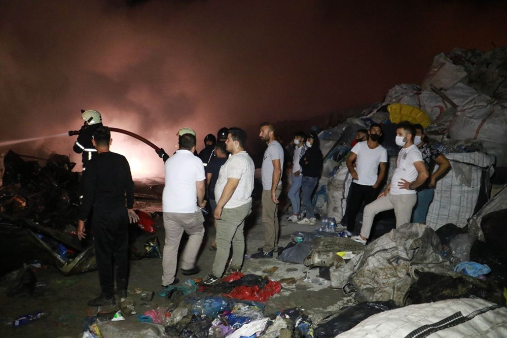 Samsun'da geri dönüşüm deposunda yangın - 6