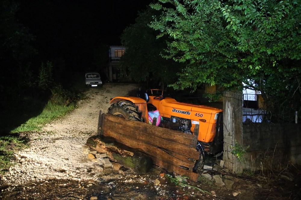 Düzce'de dere taştı, yol çöktü: Kentte sağanak etkili oldu - 19