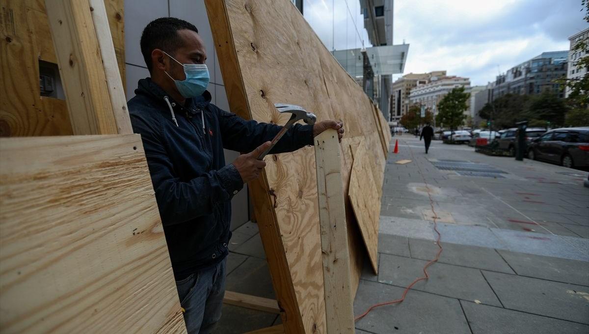 ABD'de mağazalar başkanlık seçimleri sonrasında yağma riskine karşı önlem alıyor