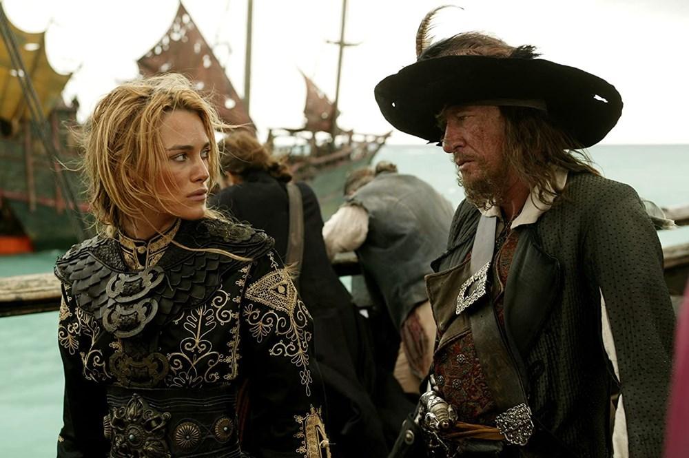 Johnny Depp tahtını Margot Robbie'ye kaptırabilir (Karayip Korsanları hakkında her şey) - 16