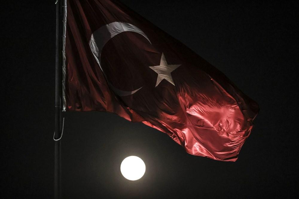 2021'in son Süper Ay'ı, Çilek Ay Tutulması gerçekleşti: Türkiye'den ve dünyadan manzaralar - 14