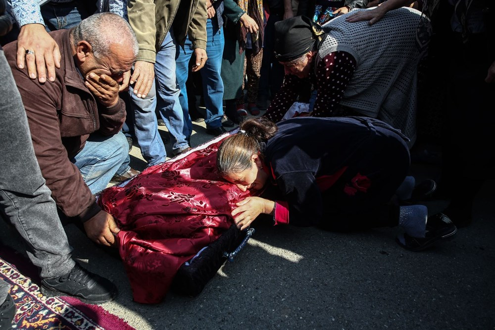 Hain saldırının küçük kurbanları: Cenazede gözyaşları sel oldu - 17