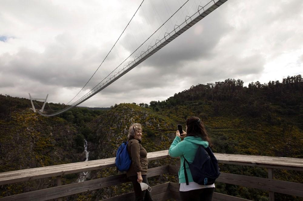 Yayalara özel en uzun asma köprü açıldı - 13