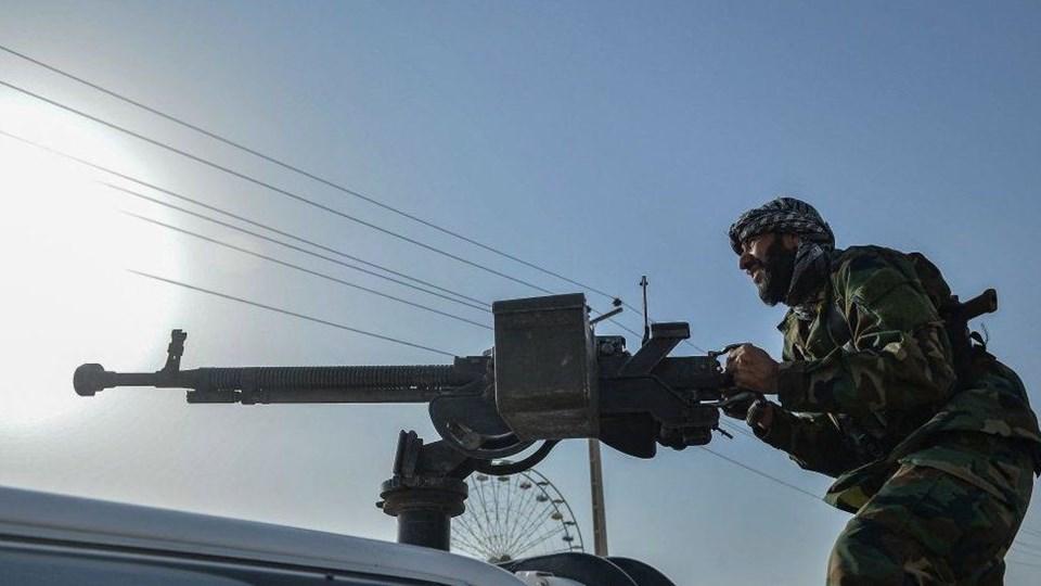 Afganistan askeri kuvvetleri ağır saldırılara maruz kalıyor