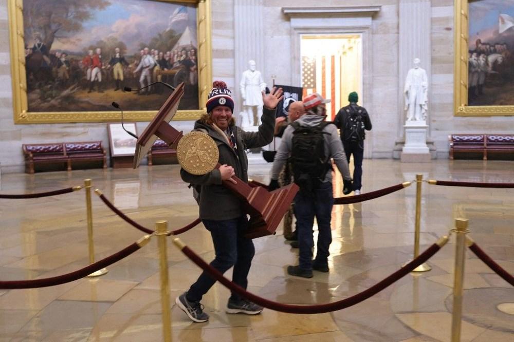 Kongre baskınında zarar gören sanat eserleri için 25 bin dolar gerekiyor - 7