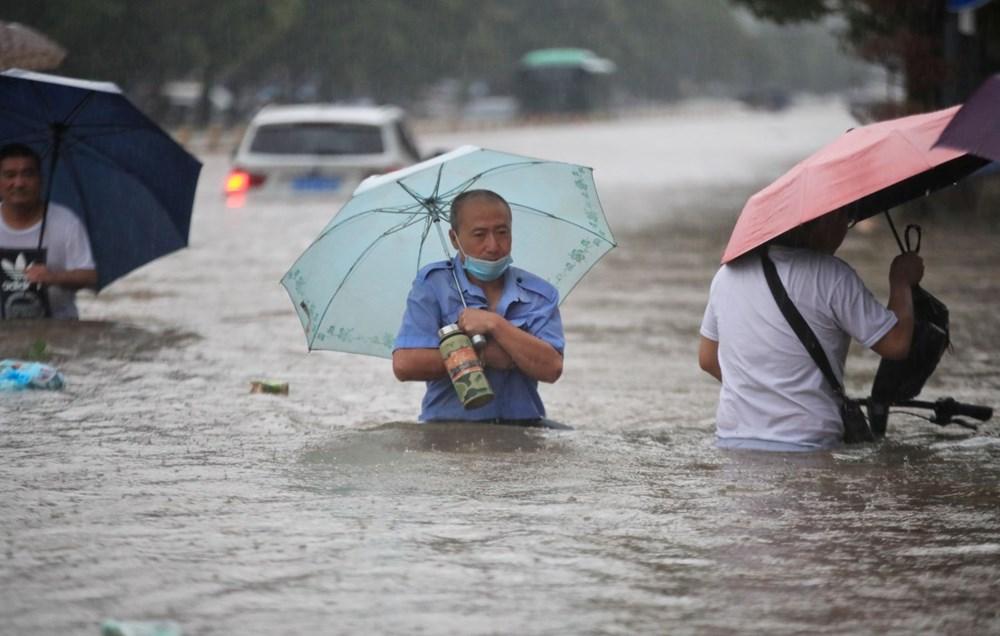 Çin'de 'bin yılın en şiddetli yağmuru' sele neden oldu: 16 can kaybı - 2