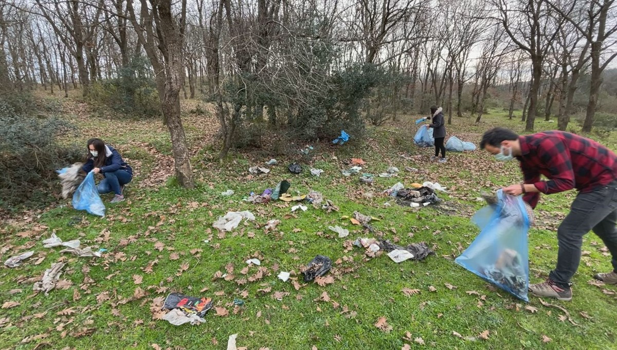 Belgrad Ormanı'nda poşet poşet çöp topladılar