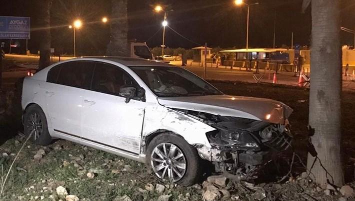 AK Parti Antalya Milletvekili İbrahim Aydın ve eşi trafik kazasında yaralandı