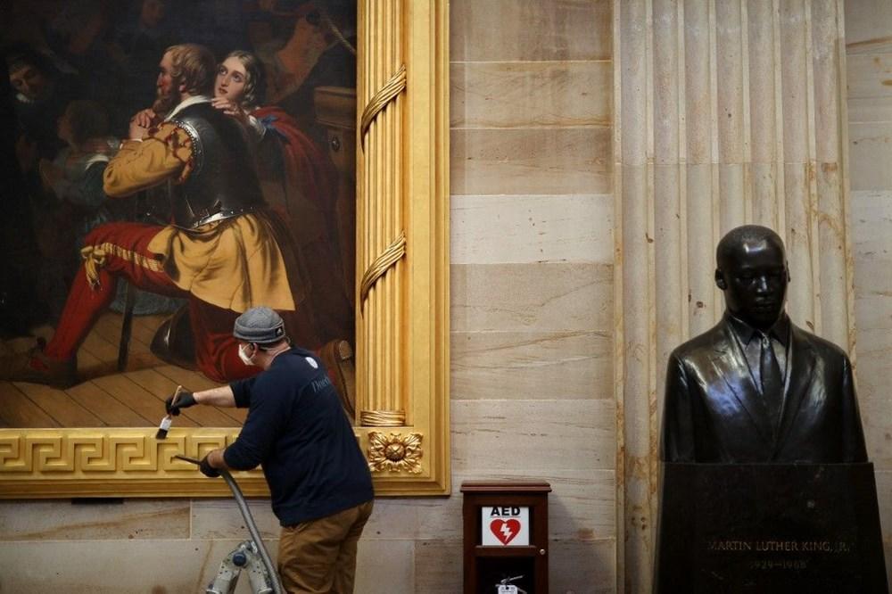Kongre baskınında zarar gören sanat eserleri için 25 bin dolar gerekiyor - 3