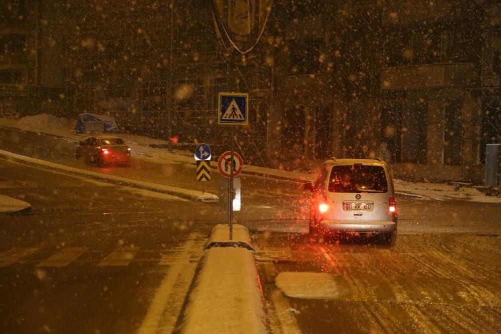 Yurtta kar yağışı (İzmir'in yüksek kesimlerinde kar yağışı etkili oluyor) - 21
