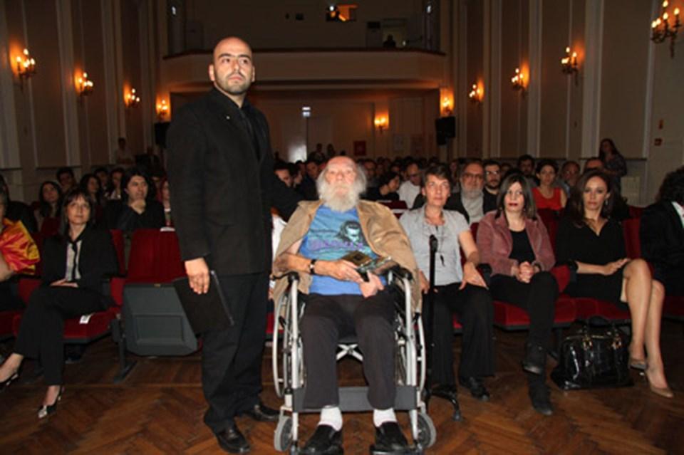 İlk Gio Ödülleri Töreni'ne Giovanni Scognamillo da katıldı.