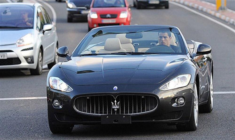 Cristiano Ronaldo dünyanın en pahalı arabasını aldı (Ronaldo'nun otomobil koleksiyonu) - 32