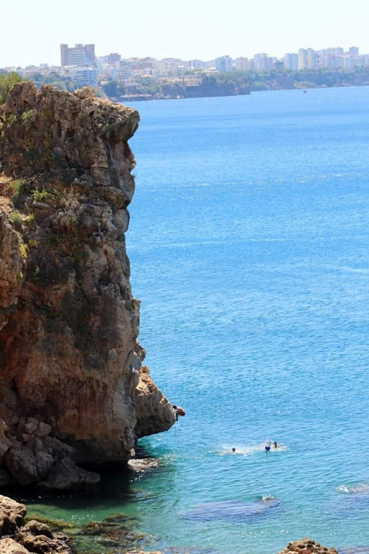 Antalya sahillere akın etti - 7