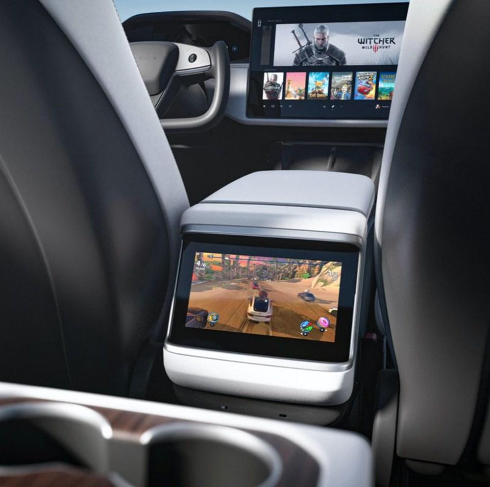 Tesla Model S'in yeni kokpit görselleri yayınlandı - 5