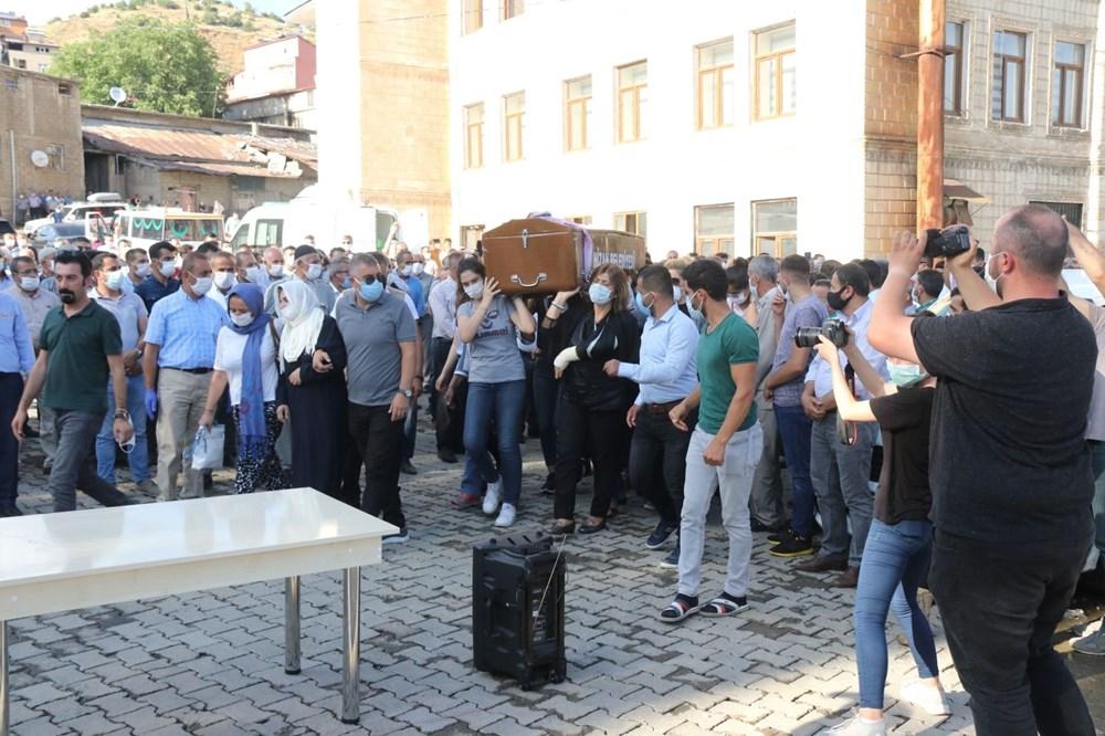 Hüzünlü veda: Pınar Gültekin son yolculuğuna uğurlandı - 13