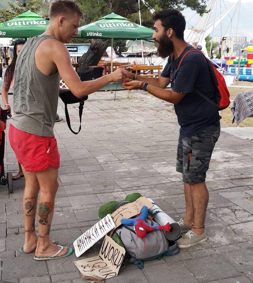 Türk gezgin Berkan Bilgiç bileklik satarak 40 ülke gezdi - 13