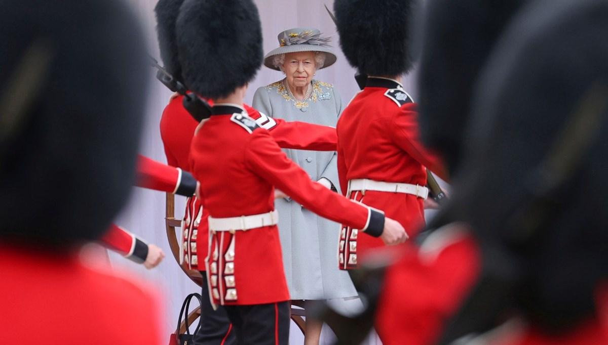Kraliçe Elizabeth'e 95'inci doğum günü kutlaması (Trooping the Colour)