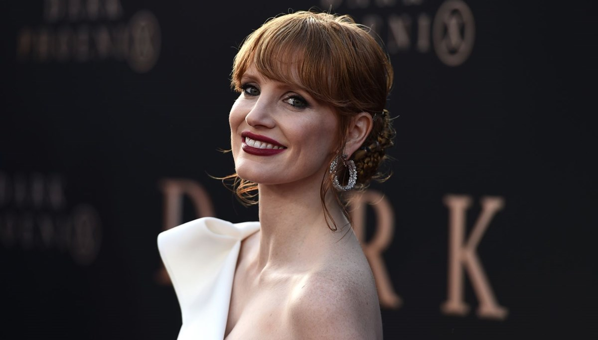Jessica Chastain: Filmdeki çok ağır makyaj cildime kalıcı zarar verdi