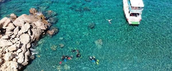 Gökçeada berrak deniziyle dalış tutkunlarını ağırlıyor