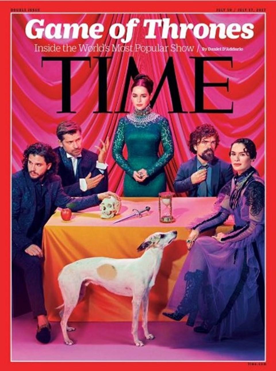Dilara Fındıkoğlu, dizideCersei Lannister'ı canlandıranLena Headey'in (en sağdaki) kıyafetini tasarladı.