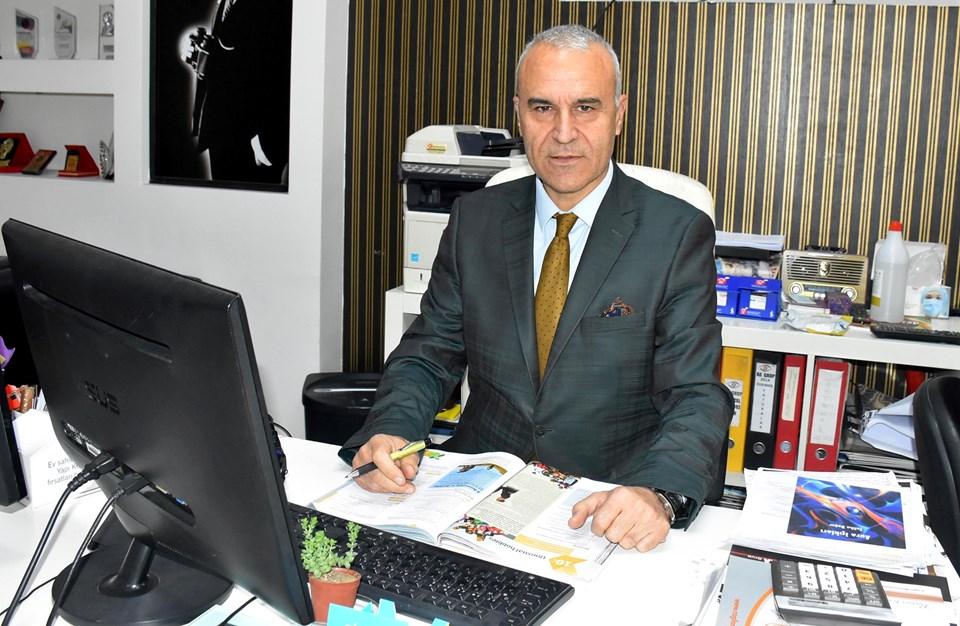 İzmir Emlak Kulübü Başkanı Rıdvan Akgün