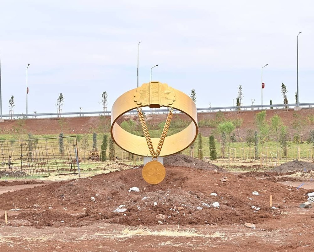 Diyarbakır'da karpuz heykeli tartışması - 11