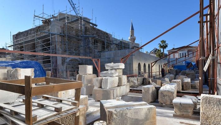 15 asırlık kilise-caminin restorasyonunda yapay zeka