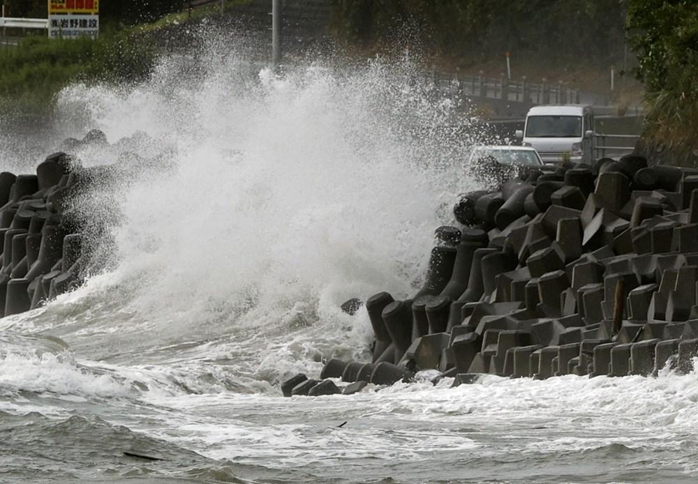 Japonya'da Haişen tayfunu nedeniyle 8 milyonu aşkın kişinin tahliyesi istendi - 3