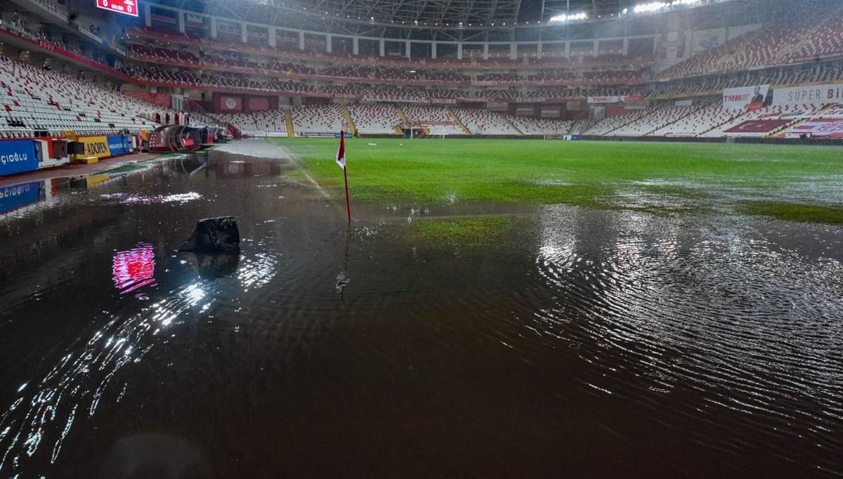 SON DAKİKA HABERİ: Antalyaspor Hatayspor maçı, yoğun yağış nedeniyle ertelendi