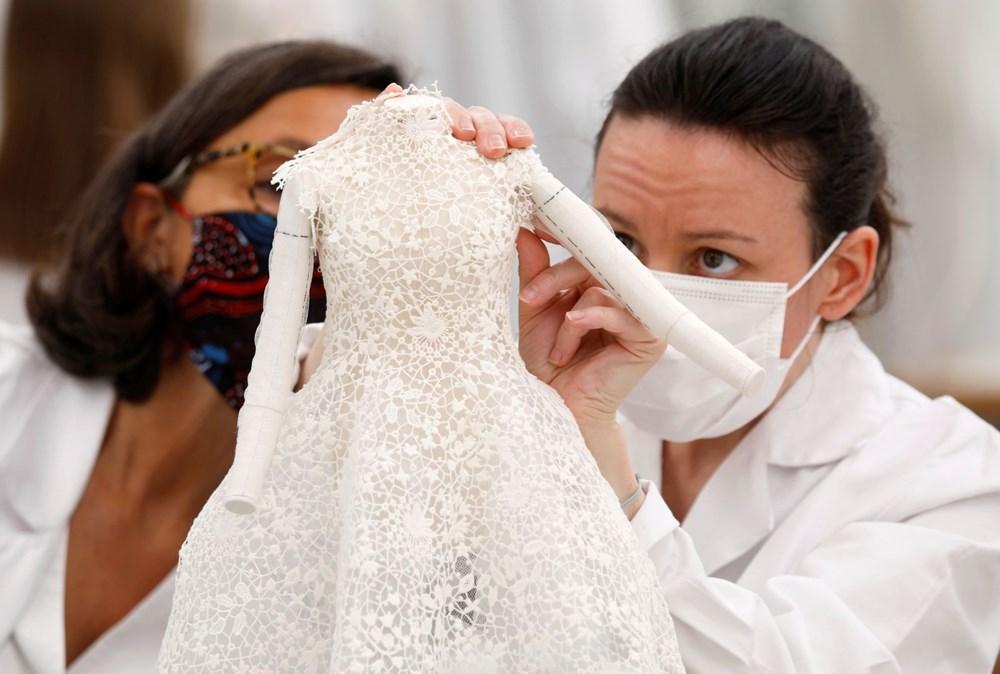 Dior'dan Dijital Moda Haftası için minyatür elbise tasarımları - 11