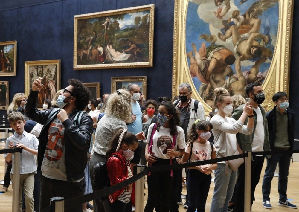 Louvre Müzesi yeniden açıldı (40 milyon euro'luk kayıp) - 15