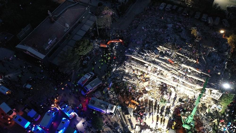 İzmir'de deprem sonrası enkaz altındakiler için zamana karşı yarış (58 saat sonra kurtarıldı) - 16