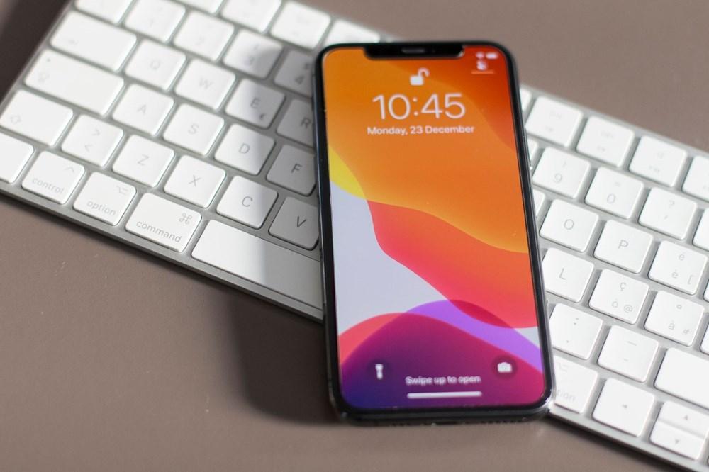 Apple'a 2 milyon dolar şarj cihazsız iPhone cezası - 9