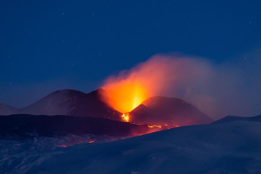 Etna Yanardağı yeniden faaliyete geçti - 6