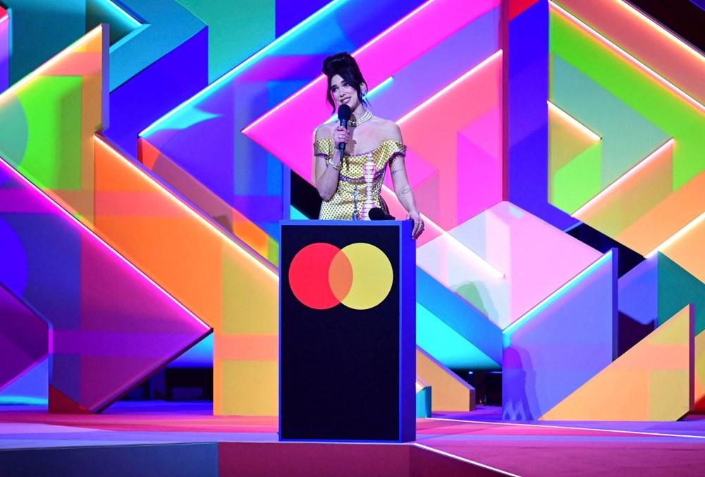 2021 Brit Ödülleri sahiplerini buldu - 5