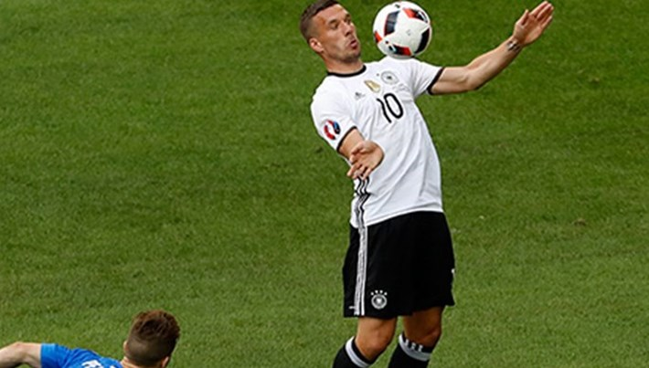 Podolski'den milli takım açıklaması