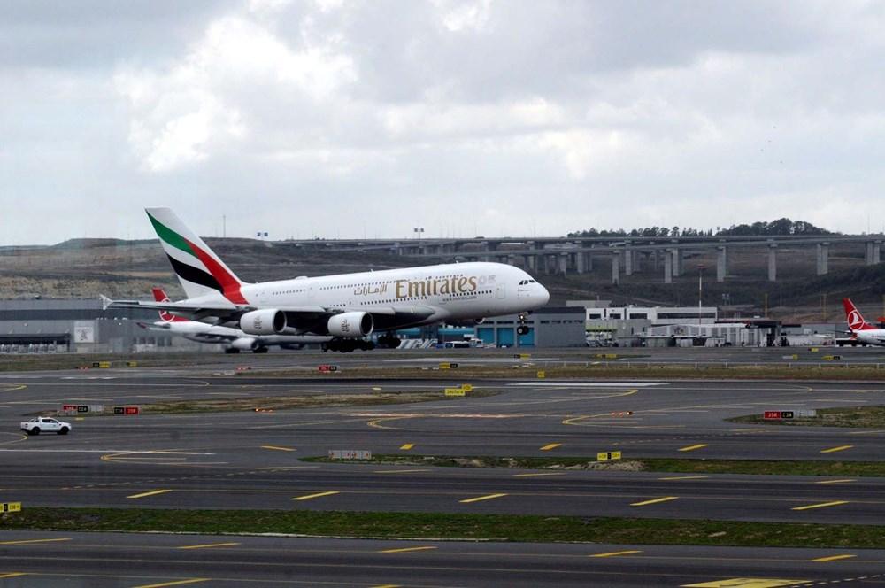 Dünyanın en büyük uçağı İstanbul'a ilk yolcularını taşıdı - 5