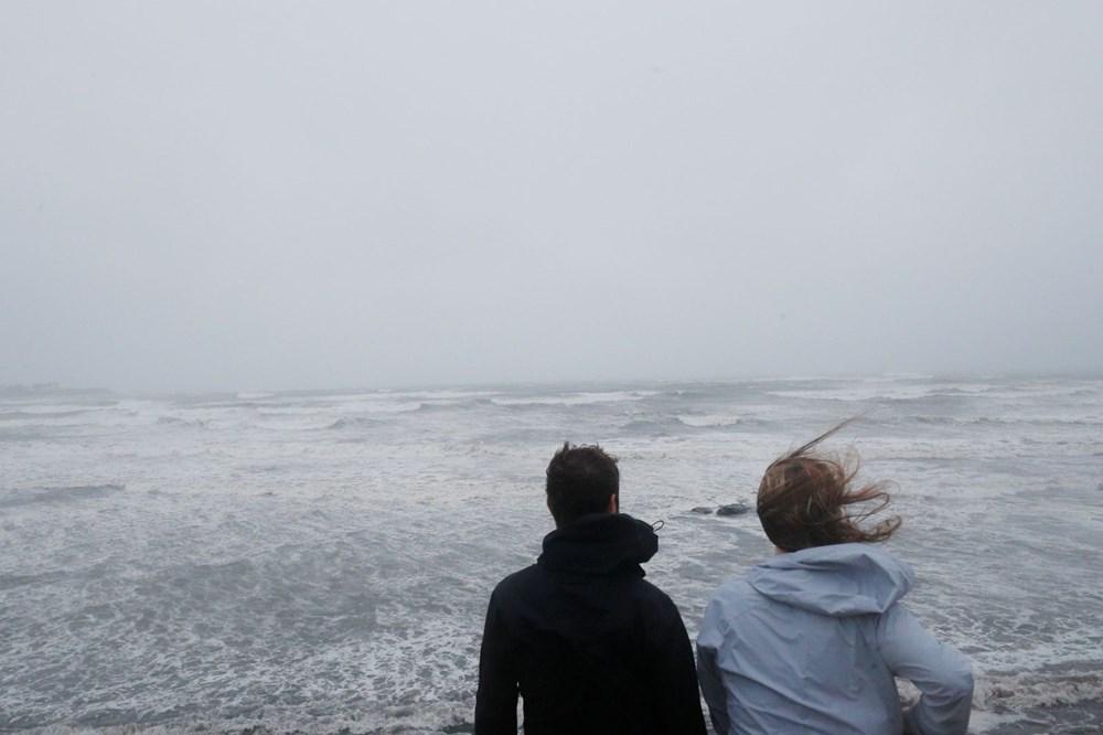 ABD'de Henri Kasırgası etkili oluyor: 140 bin haneye elektrik verilemiyor - 6