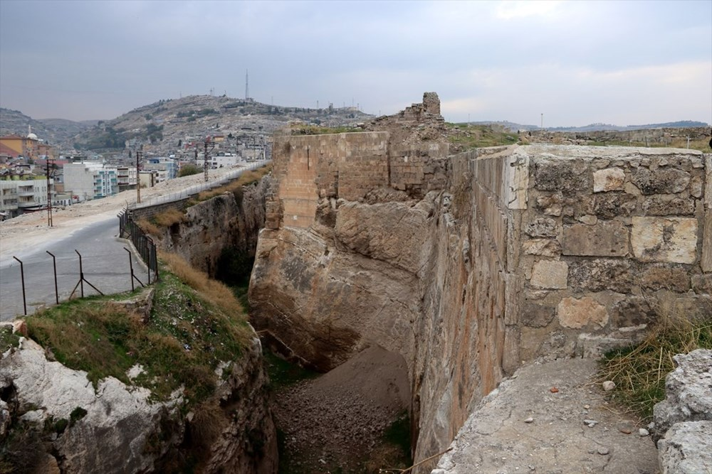 Urfa'nın tarihi kalesi gün yüzüne çıkarılıyor - 8