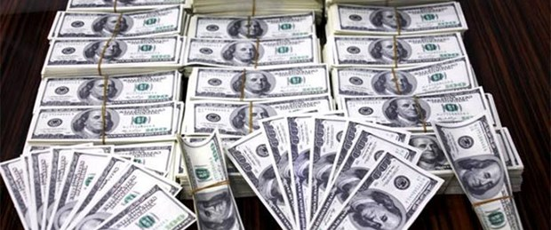 7 Milyon Dolar Sahte Parayla Yakalandlar