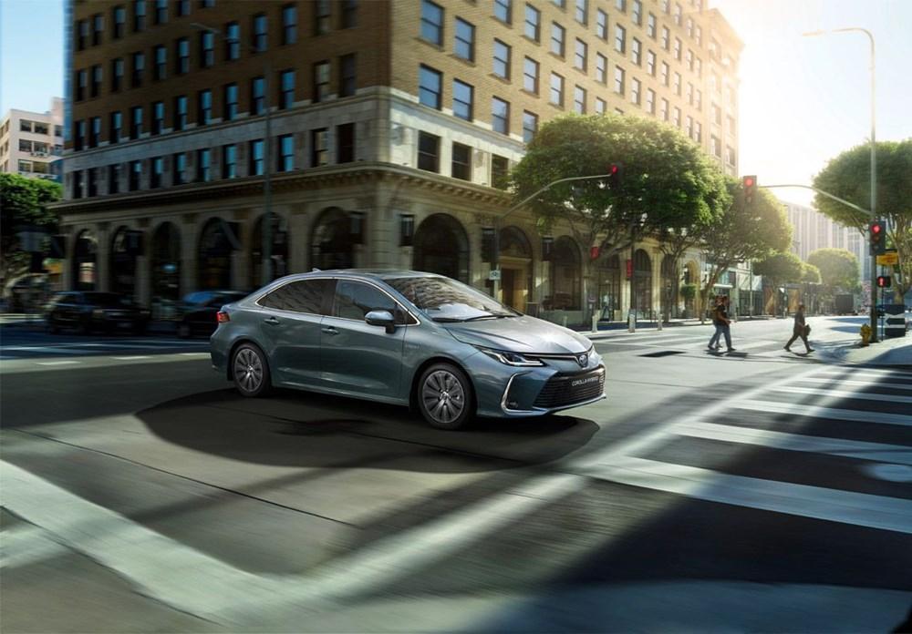 <p>Yeni Corolla1.6 Vision</p> <p>Haziranayı fiyatı 152.500 TL</p>